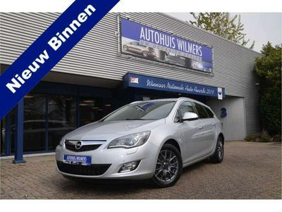 tweedehands Opel Astra Sports Tourer 1.6 Turbo Cosmo Climate C,Cruise C,X