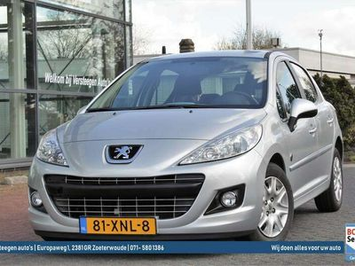 tweedehands Peugeot 207 1.4 VTi 95pk 5D Urban Move | Trekhaak | Cruise Con