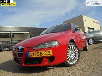 tweedehands Alfa Romeo 147 1.6 T.Spark Veloce Distinctive Airco. Elek. Pakket