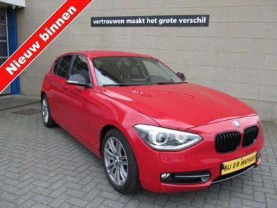 tweedehands BMW 116 1-SERIE i Sport,EXECUTIVE,Navigatie,Leer,M-sport Onderstel,Xenon