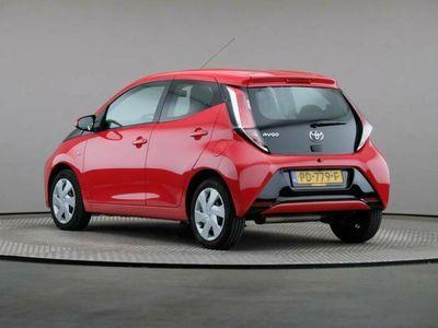 tweedehands Toyota Aygo 1.0 VVT-i x-play, Automaat, € 10.900