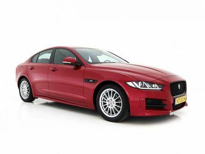 tweedehands Jaguar XE 2.0 D R-Sport AUT. *XENON+LEDER+NAVI+PDC+ECC+CRUIS