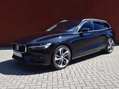 tweedehands Volvo V60 D4-190 PK-Momentum-Aut-Leer-Keyless drive-Lane assist