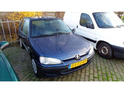 tweedehands Peugeot 106 1.1 Accent