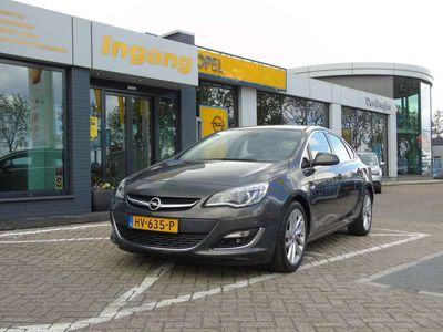 tweedehands Opel Astra 1.4 Turbo 140pk Sport+ Navigatie + Leder + Xenon