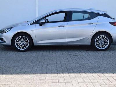 tweedehands Opel Astra 1.4T / 150pk Innovation / Navi / LM Velgen