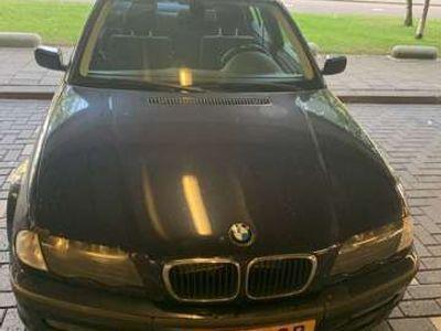 tweedehands BMW 316 i Executive - staat op werk. start niet- schiphol