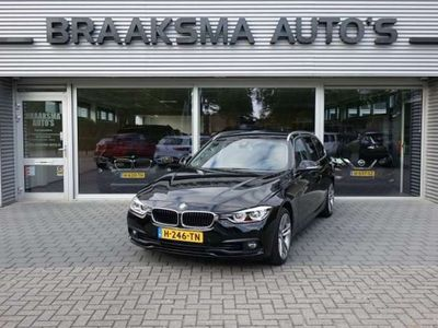 tweedehands BMW 318 318 I TOURING EXECUTIVE AUTOMAAT CAMERA ' NAVI ' 18