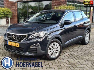 tweedehands Peugeot 3008 1.2 PureTech Active AUTOMAAT - Navi - Climate - Ca
