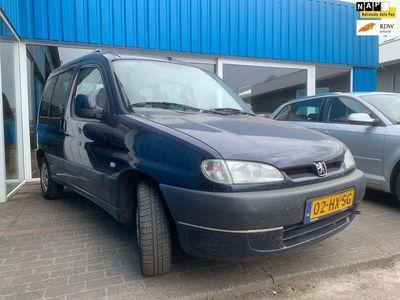 tweedehands Peugeot Partner 1.6-16V Combispace MET NIEUWE APK