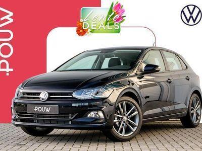tweedehands VW Polo 1.0 TSI 95pk Highline + Navigatie + Licht & Zicht
