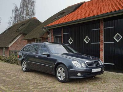 tweedehands Mercedes E320 Combi | Youngtimer | 4matic | incl. BTW