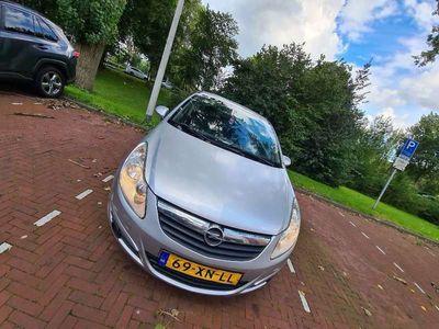 tweedehands Opel Corsa 1.4-16V Business