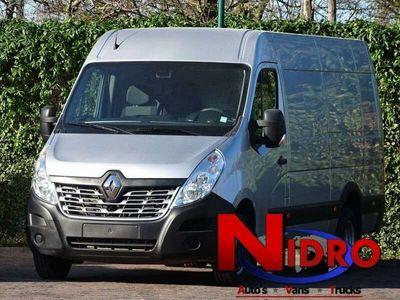 tweedehands Renault Master 2.3 CDI 145PK DUB LUCHT NAVI CAMARA AHK 3500 kg