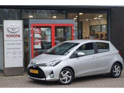 tweedehands Toyota Yaris 1.5 Hybride Trend 5drs Navigatie