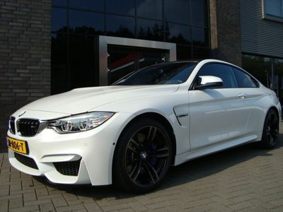 tweedehands BMW M4 Coupe 3.0-6 cilinder Twin Turbo M-power DKG HUD