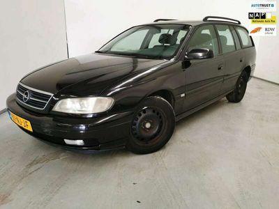tweedehands Opel Omega Wagon 2.2 DTH / Airco / Cruise