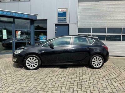 tweedehands Opel Astra 1.4 Turbo Cosmo 5 deurs airco