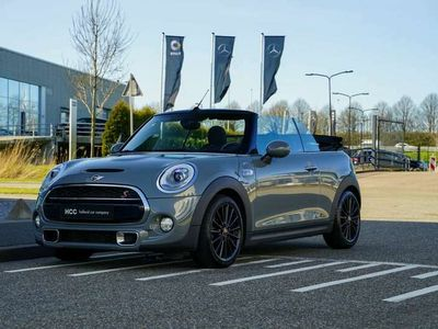 tweedehands Mini Cooper S Cabriolet | JCW | Moonwalk Grey | Camera