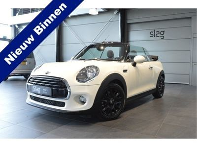 tweedehands Mini Cooper Cabriolet 1.5 navigatie clima cruise pdc led 16 inch 136 pk