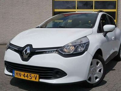 tweedehands Renault Clio Estate 0.9 TCe Expression BJ2015 Led | Navi | Airc