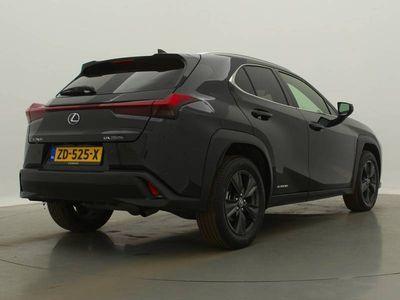 tweedehands Lexus UX 250h Luxury Line Hybrid automaat
