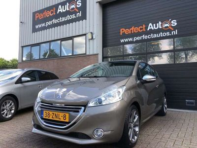 tweedehands Peugeot 208 1.6 VTi Allure Lmv, Clima, Cruise, Pdc