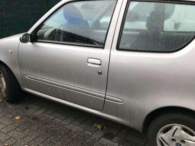 tweedehands Fiat 600 11young