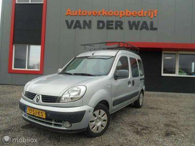 tweedehands Renault Kangoo combi 1.6-16V Expression