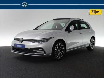 tweedehands VW Golf 1.5 150pk eTSI DSG Style | Automaat | Panoramadak | e Stoelen met Memory | Lane assist | Parkeersensoren achter | BTW-verrekenbaar