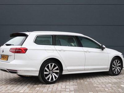 tweedehands VW Passat Variant 1.5 TSI Highline Business R Automaat