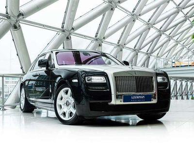 tweedehands Rolls Royce Ghost 6.6 V12   Silver bonnet   Pano