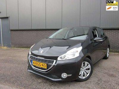 tweedehands Peugeot 208 1.6 e-HDi Active