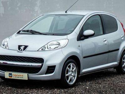 tweedehands Peugeot 107 1.0 Black & Silver