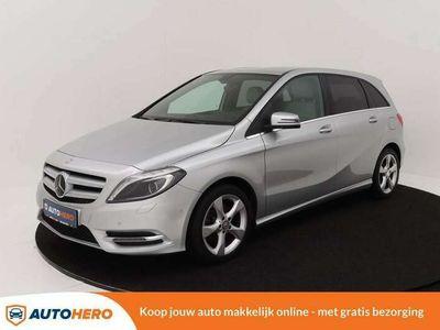 tweedehands Mercedes B180 XJ64173 | Navi | Camera | Parkeersensoren V+A | Bi