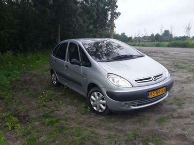 tweedehands Citroën Xsara Picasso 1.6i