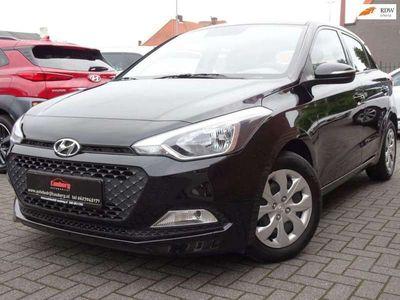 tweedehands Hyundai i20 1.2 i-Drive Cool Fabrieksgarantie 2022 !!!