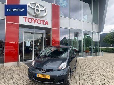 tweedehands Toyota Aygo 1.0-12V Now
