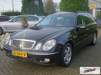 tweedehands Mercedes E320 Benzine Kombi 2004 Youngtimer BTW