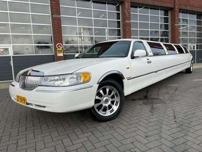 tweedehands Lincoln Town Car 4.6 Signature Ultra Stretch Limo
