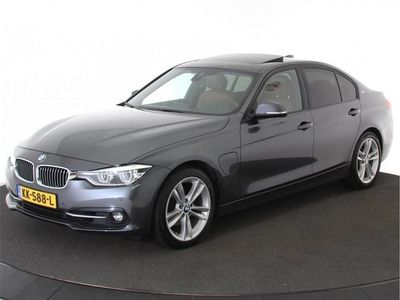 tweedehands BMW 330e 3 SerieHigh Executive EX BTW | 15% | Schuifdak | Surround View | Head Up | Zondag Open!