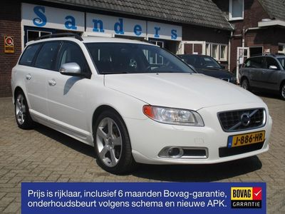 tweedehands Volvo V70 2.5 FT 230 pk R-Design Winter-line