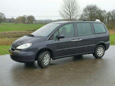 tweedehands Peugeot 807 2.2 ST