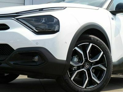 tweedehands Citroën C4 New SHINE EV PRIVATE LEASE DEAL