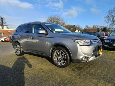 tweedehands Mitsubishi Outlander 2.2 DI-D Instyle 4WD 7P. AUT. *MODEL2015+XENON+LED