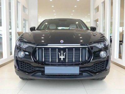 tweedehands Maserati Levante 3.0 V6 AWD 350 PK Camera Beige Leer