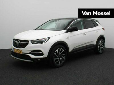 tweedehands Opel Grandland X 1.2 Turbo 130PK Ultimate | Navigatie | Climate Control | Leder | AGR-Stoelen | Stoel- en Stuurverwarming & Achterbank verwarmd | 360 Camera | Lichtmetaal 19inch