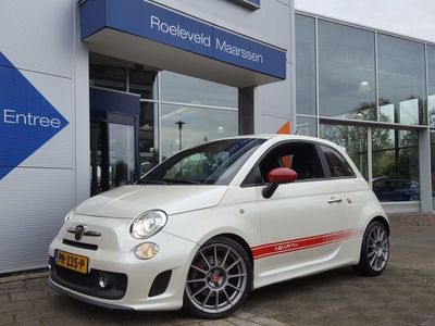 tweedehands Abarth 500 1.4 16V 158PK MULTI-AIR | XENON | SPORTSTOELEN | AIRCO | INTERSCOOP HIFI | BLUE&ME CARKIT+USB | PRIVACY GLASS | 17''LM | MISTLAMPEN