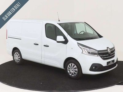 tweedehands Renault Trafic T27 L1H1 2.0 dCi 145 PK AUTOMAAT COMFORT Nr. 702808 LG-NAVIGATIE LED KOPLAMPEN CRUISE CONTROL AIRCONDITIONING PDC ACHTER INCL. HOUTEN LAADVLOER