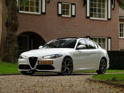 tweedehands Alfa Romeo Giulia 2.0 T AWD Veloce H&C Sound/Schuifdak/Camera/Xenon